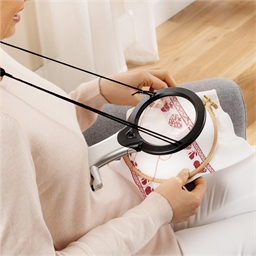 Lampe-loupe mains libres