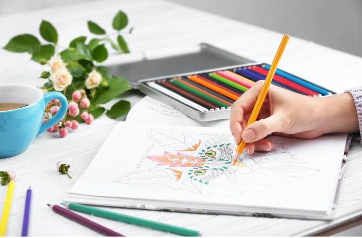 Coloriages et points à relier